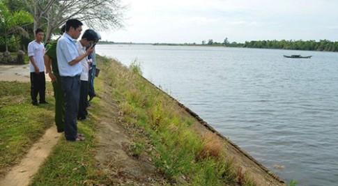 Xót thương: 3 bé gái chết thảm dưới sông