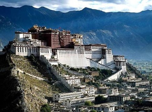10 lâu đài, cung điện xa hoa nhất thế giới