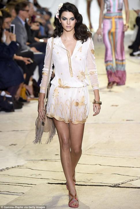 19 tuổi, Kendall Jenner lọt top người mẫu giàu nhất thế giới
