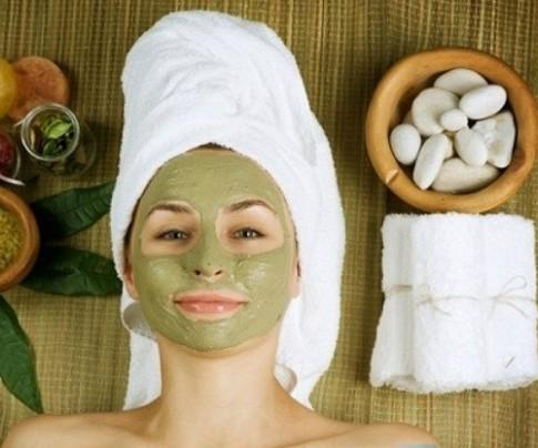 3 loại mặt nạ vừa trị mụn vừa dưỡng trắng da