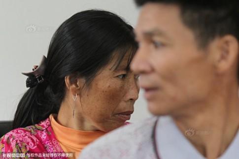 4 tuổi bị bắt cóc, 20 năm sau mới gặp lại cha mẹ