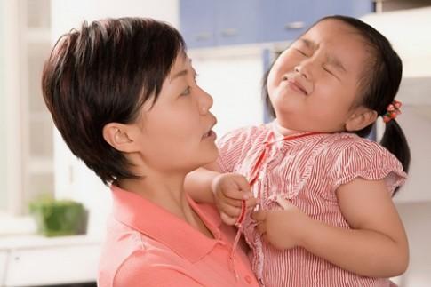 """5 thói xấu điển hình của trẻ mẹ phải """"uốn ngay kẻo muộn"""""""