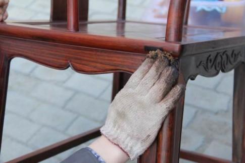 6 cách tiết kiệm cứu vãn khi đồ gỗ bị tróc sơn, rạn nứt