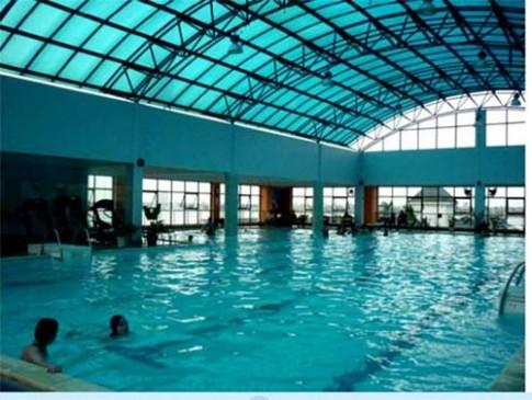 8 bể bơi lý tưởng ở Hà Nội cho trẻ em đi bơi ngày hè