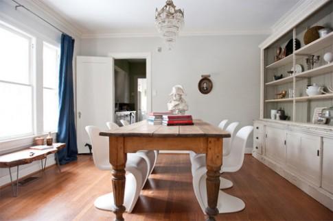9 kiểu kết hợp bàn ghế trái ngược phong cách