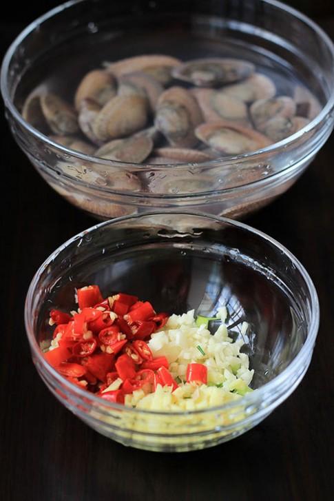 Ăn chơi với ngao hoa xào tỏi ớt