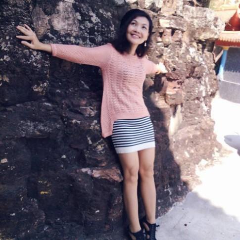 Bà mẹ Hà Thành 2 con U50 dáng chuẩn như thiếu nữ