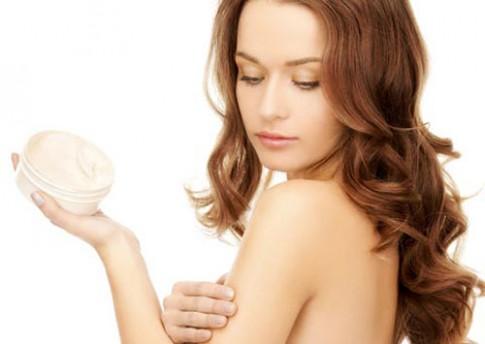 Bạn đã thoa kem dưỡng da đúng cách?