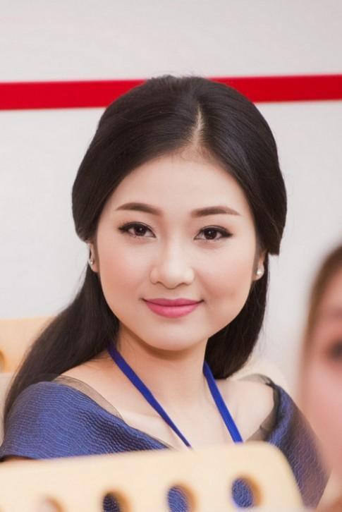 Bản sao Nguyễn Thị Huyền thu hút chú ý tại chung khảo phía Nam HHVN