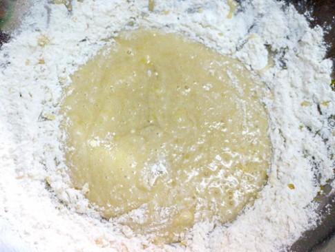 Bánh Trung thu nướng hình con Sóc ngộ nghĩnh