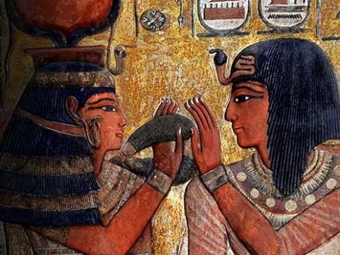 Bé gái 3 tuổi khẳng định kiếp trước đến từ Ai Cập cổ đại