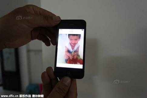 Bé trai 5 tuổi bị mẹ kế đánh chết vì không ngủ trưa