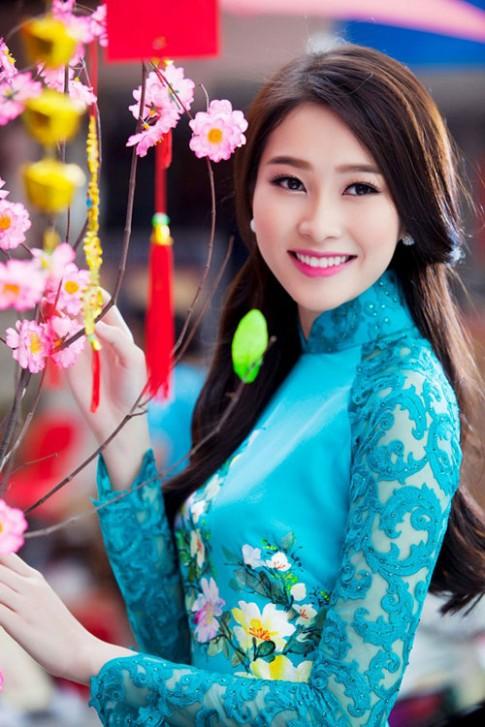 Bí quyết để dịu dàng ngọt ngào hơn của sao Việt