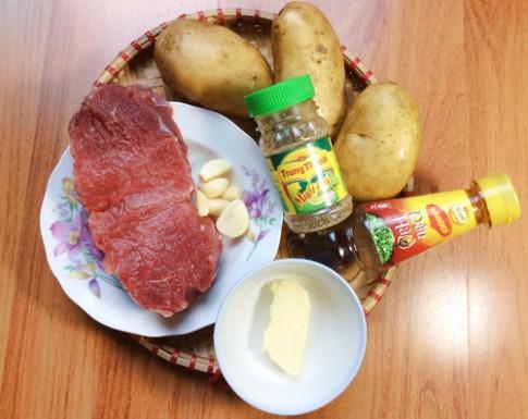 Bò lúc lắc với khoai tây chiên kiểu mới
