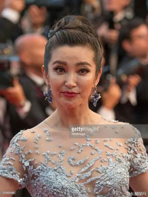 'Bộ mặt' thật của sao Hoa ngữ khi không photoshop
