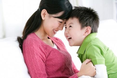 Cách làm con 'phát chán' của mẹ Việt