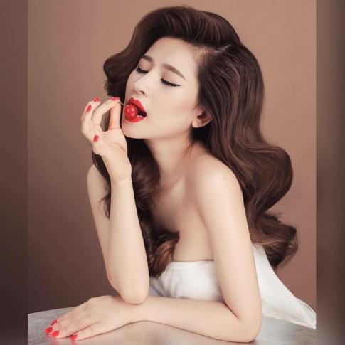 Cận cảnh nhan sắc vợ cũ Hồ Quang Hiếu