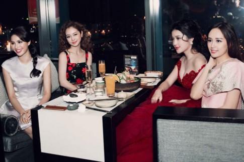 'Chấm điểm' Hoa hậu, Á hậu Việt khi chụp ảnh cùng nhau