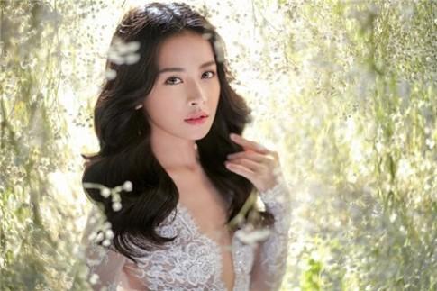 Chi Pu bất ngờ tung ảnh cưới đẹp như thiên thần