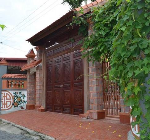 Choáng váng những ngôi nhà gỗ lim tiền tỷ của lão nông Việt