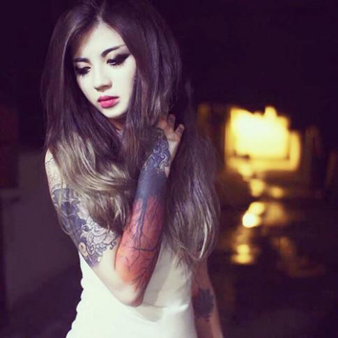 Cô gái Hà Nội xinh đẹp 'nghiện' xăm mình