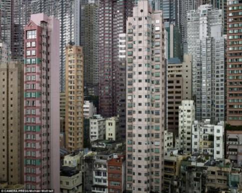 Cuộc sống chui rúc ở chung cư giá rẻ tại Hồng Kông