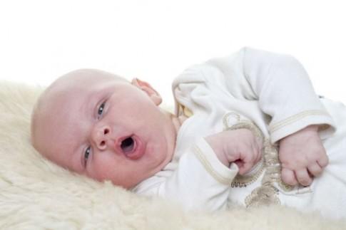 Dấu hiệu trẻ sơ sinh bị ho đã biến chứng cần cảnh giác