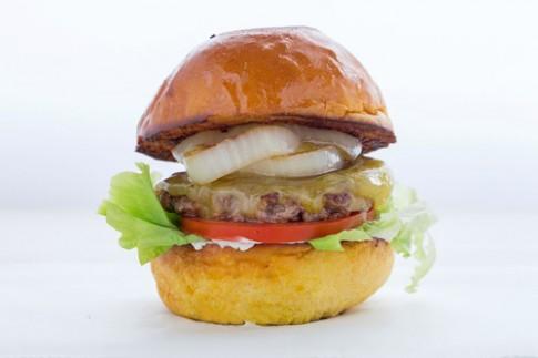 Đi ăn burger phố Phan Bội Châu, mê ngay lần đầu