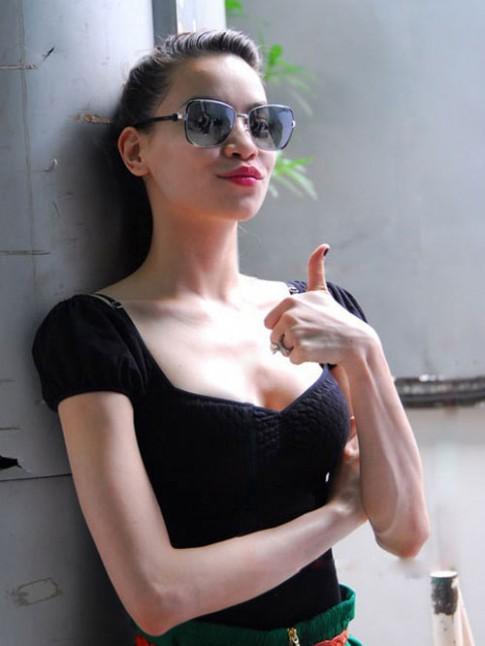 'Điểm trừ' hy hữu trên cơ thể mỹ nhân Việt