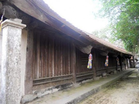 Độc đáo kiến trúc cổ chùa Bút Tháp