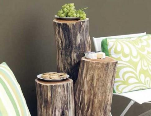 Đóng bàn ghế từ một khúc gỗ