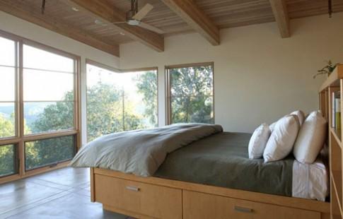Gầm giường biến thành ngăn kéo chứa đồ