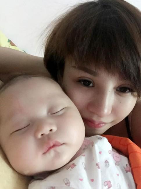Gặp 9X Nam Định làm mẹ 2 con vẫn có làn da như em bé