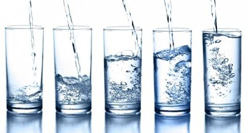 Giảm cân, đẹp da chỉ nhờ uống đủ nước