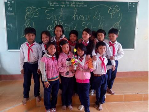 Gian nan gieo con chữ ở mảnh đất biên giới Việt - Lào