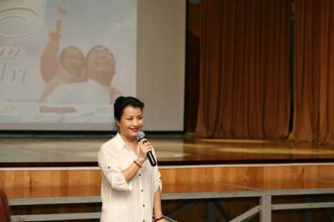 """Giáo dục sớm """"mê hoặc"""" cha mẹ Việt hiện đại (Kỳ 1)"""