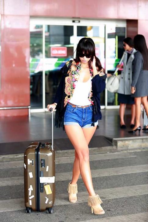 Hà Anh, Trang Khiếu, Hoàng Thuỳ sành điệu ở sân bay Hà Nội