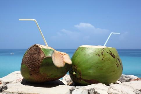 Hai loại nước uống mùa hè là thần dược của nhan sắc