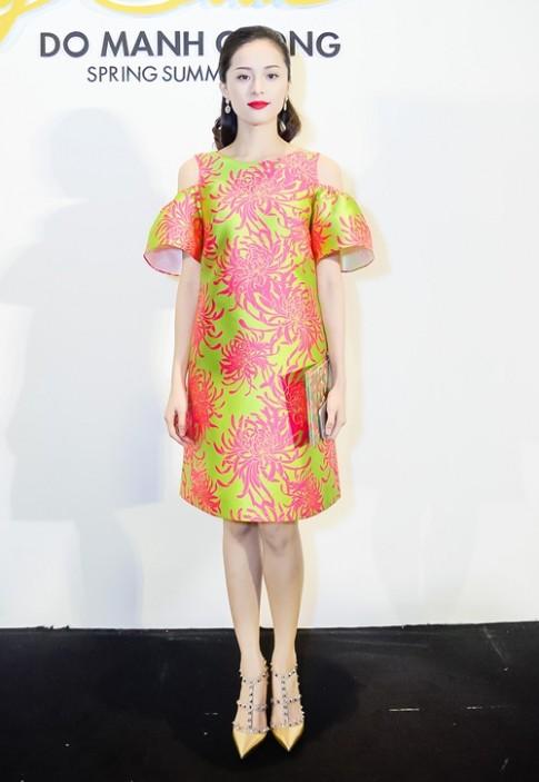 HH Kỳ Duyên, Hạ Vi đọ vẻ quyến rũ tại show thời trang
