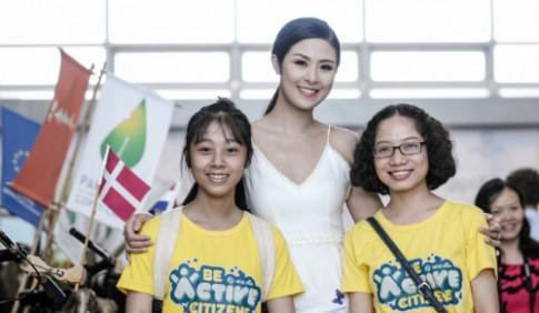 Hoa hậu Ngọc Hân khoe da trắng mịn tại sự kiện