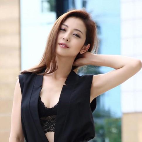 Jennifer Phạm và những kiểu tóc mùa thu đẹp mê hồn
