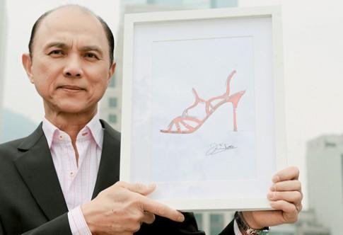 Jimmy Choo: Khi thiết kế giày, luôn nghĩ đang làm cho người yêu!
