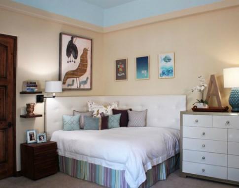 Kê giường sáng tạo nhờ tận dụng góc phòng