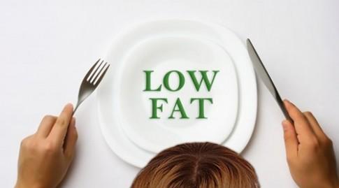 Kiêng chất béo và kiêng tinh bột: Ăn kiểu gì mới là tốt nhất?