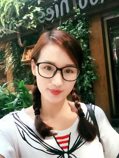 Lã Thanh Huyền: Trẻ lâu nhờ chăm sóc da, tóc và răng