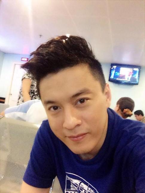 """Lam Trường """"nóng mặt"""" dọa block anti-fan nhí"""