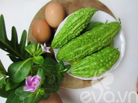 Mướp đắng xào trứng cho ngày bận rộn