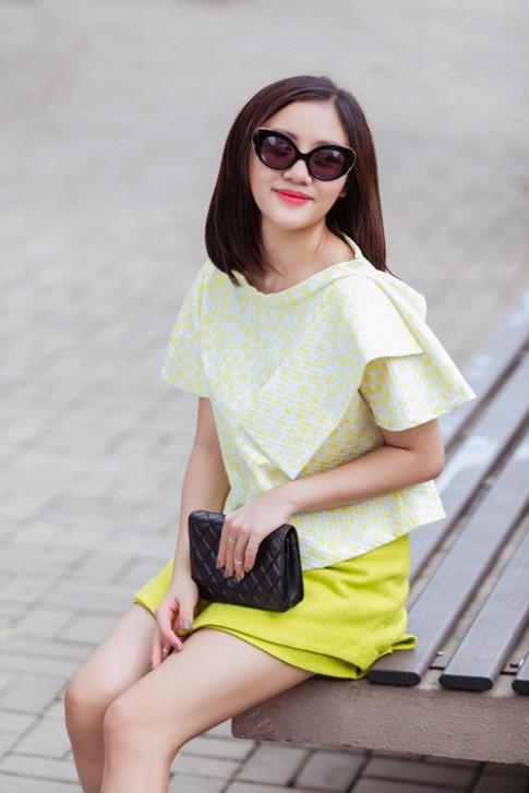 Mỹ nhân Việt thoa màu son gì để tôn da, quyến rũ?