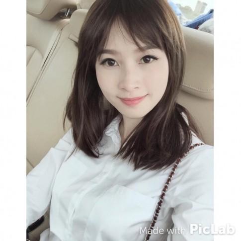 Mỹ nhân Việt trẻ trung như thiếu nữ khi để tóc mái thưa