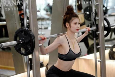 Ngắm 'nữ thần phòng gym' có thân hình chuẩn như tạc